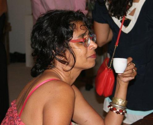 Artmarket 2012. Karin Lachmising tasting her cocoa tea, made by Tan Bun skrati | PHOTO ©Marieke Visser, 2012