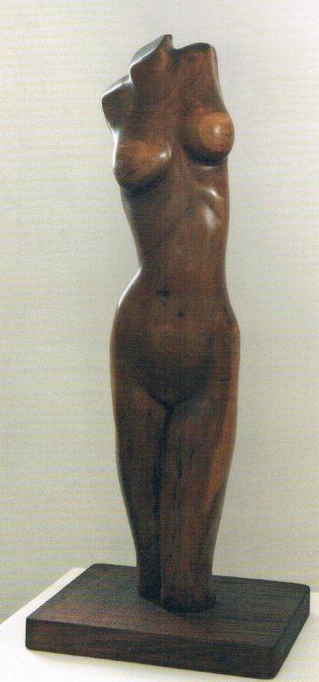 René de Rooy (1917-1974), 'Torso', mahogany, 1972 | PHOTO 'Curaçao Classics': René Emil Bergsma/Sinaya Wolfert