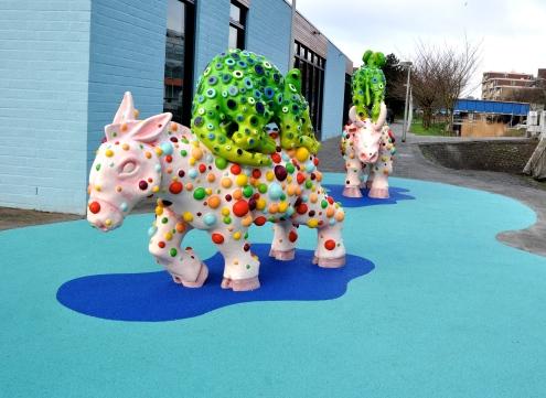 Dagmar de Kok, work from the series 'Fabelachtig' [Fable-like], at the Ouder- en Kindcentrum [Parent- and Child  center] (OKC) Gaasperdam in Amsterdam Zuidoost / PHOTO Auke VanderHoek