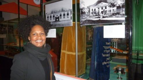 Opening night 'Jews in the Caribbean', Ellen Tjon A Meeuw / PHOTO Sasha Dees, 2015