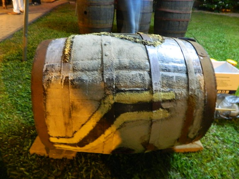 Old rum barrels from Suriname Alcoholic Beverages N.V. (SAB), decorated with spices by Razia Barsatie during the first Museum Night in Suriname, in Het Surinaamsch Rumhuis (Facebook) on May 18, 2014 / PHOTO Courtesy Razia Barsatie